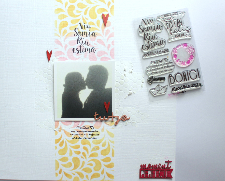uso de sellos en scrapbooking layout